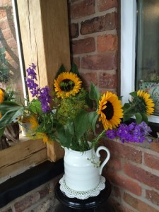 Sun-flowers-Brandreth-Barn
